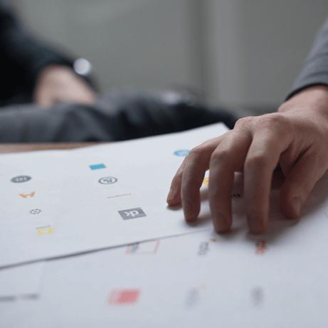 création graphique et identité de marque